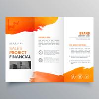 modello di brochure a tre ante affari creativo elegante con orange