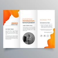 laranja aquarela com três dobras brochura de negócios folheto panfleto templa