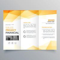 abstract oranje driebladige creatieve brochure ontwerpsjabloon