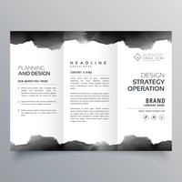 plantilla de diseño de folleto tríptico negro acuarela