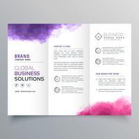 abstracte driebladige bedrijfsbrochure met waterverfeffect