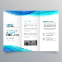 modelo de folheto de três dobras onda azul para o seu negócio