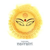 Hermosos ojos de diosa maa durga para el festival navratri.