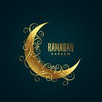 gyllene måne med blommig dekoration för ramadan kareem