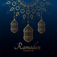 lampes dorées suspendues pour le festival ramadan kareem