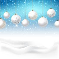 Adornos navideños sobre fondo nevado