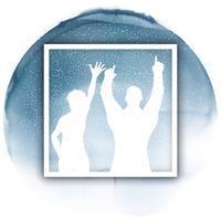 Fiesta pareja en un marco blanco en una textura de acuarela