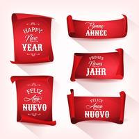 Feliz año nuevo en multilenguaje en pergaminos rojos