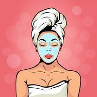 Sexy junge Frau im Badtuch mit kosmetischer Maske auf ihrem Gesicht. Bunter Vektorhintergrund in der Retro- komischen Art der Pop-Art. Lächelndes und entspannendes weibliches Gesicht.