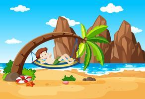 En pojke som tar en vila under palm