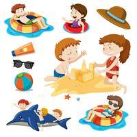 Um conjunto de crianças e atividades na praia