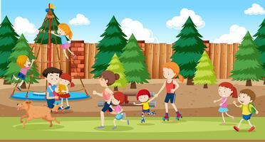 Menschen am Spielplatz Hintergrund