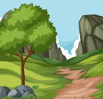 Camino plano de la naturaleza a la colina.
