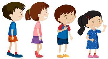 Eine Reihe von Kindern stehen an