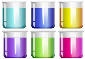 Vloeibare stof in glazen bekers