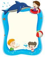 Blank banner med barn som leker i vatten