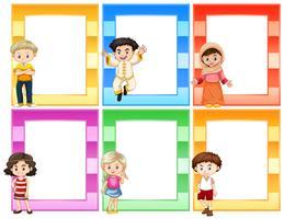 Conjunto de niños junto al concepto de marcos.