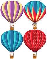 Ensemble de différentes montgolfières