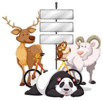 Plaques de métal sur le poteau avec des animaux