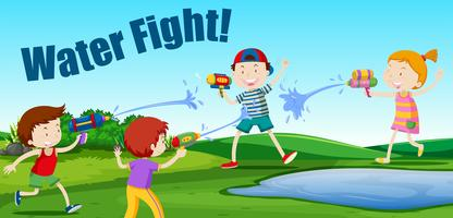 Niños peleando con agua