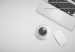 Oficina mínima con computadora, ratón y una taza de café, ilustración vectorial