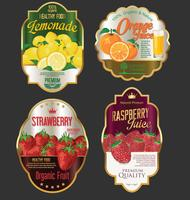 Etiquetas de oro para productos de frutas orgánicas. vector