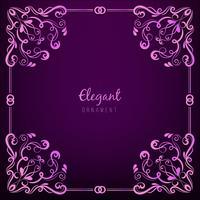 Marco de adorno sobre fondo púrpura