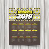 Calendario 2019 con motivi colorati