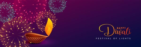 traditionelles Diwali-Feuerwerk und Diya-Design