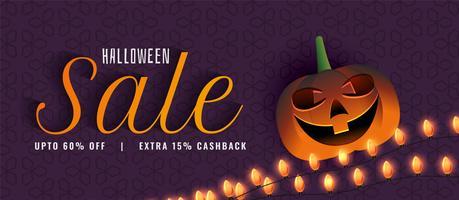 Banner de venta de halloween creativo con calabaza y decoración ligera.
