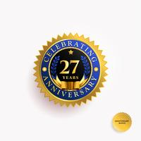 Distintivo de ouro de aniversário de anos