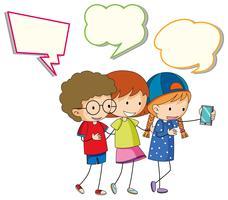 Kinder mit Sprechblase