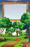 Une planche de bois vierge dans la nature
