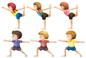 Meninas e meninos fazendo yoga