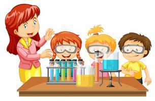 Lehrer und Schüler experimentieren
