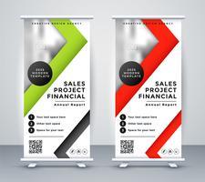 Banner de negocio rollup en diseño geométrico rojo y verde