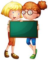 Duas meninas, segurando, um, tábua verde