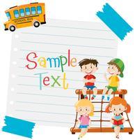 Diseño de papel con niños y autobús escolar.