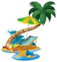 Escena de playa con asiento y sombrilla.