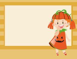 Diseño de borde con niña en disfraz de calabaza.