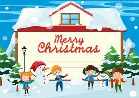 Modelo de cartão de Natal com as crianças na neve