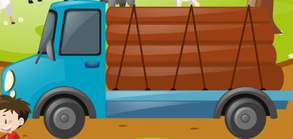LKW mit Holz beladen