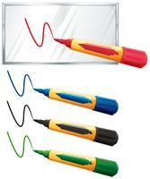 Quattro colori marcatori su sfondo bianco