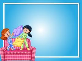 Modello di confine con ragazze e lotta con i cuscini