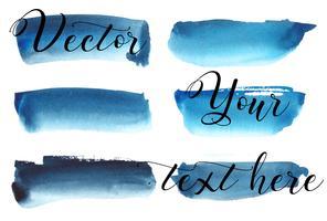 Set med akvarellfärg. Platser på en vit bakgrund. Akvarelltextur med penselsträckor. Blå, turkos. Hav, himmel. Isolerat. Vektor.