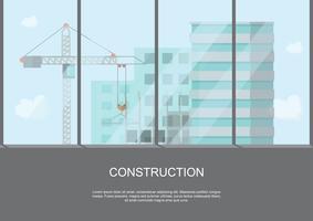 Baustellenarbeitsprozess im Bau mit Kränen und Maschinen in hoher Gebäudeansicht