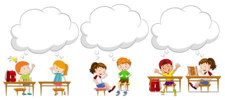 Niños con burbujas de discurso en blanco