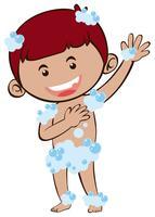 Kleiner Junge, der Dusche nimmt