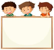 Niños en plantilla de pizarra