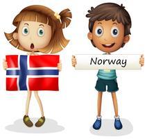 Chico y chica con bandera de noruega